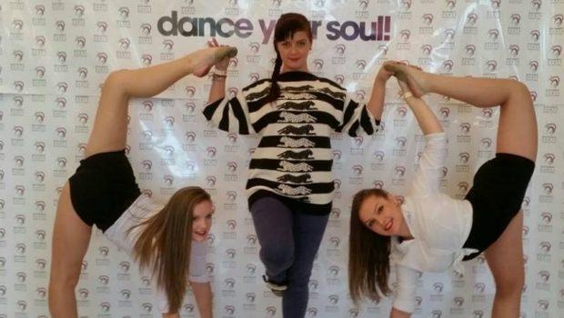Tinerele-criticate-de-Mihaela-Radulescu-la--Romanii-au-talent--au-performante-uriase--Sunt-multiple-campioane-nationale-la-gimnastica-ritmica-
