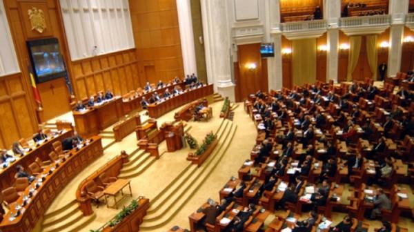 parlament_04258700