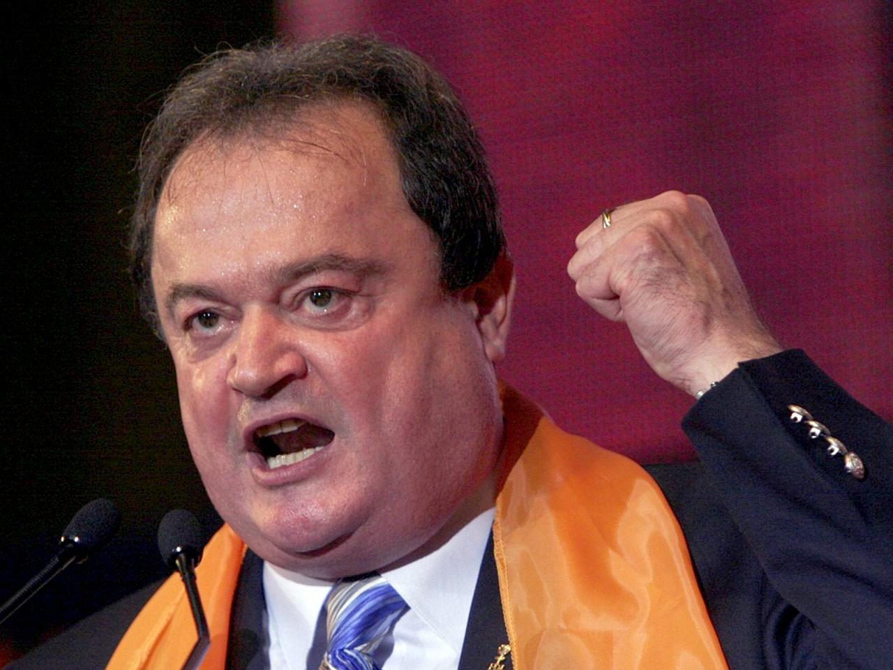 Co-președintele PNL, Vasile Blaga, a avut  absență îndelungată din prim planul scenei politice