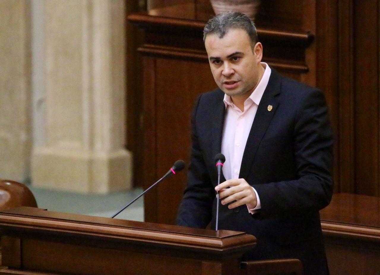 Darius Valcov