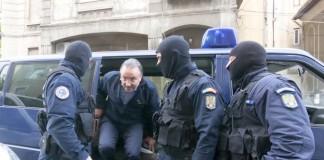 Procurorii dau lovitura în Gorj: au fost ridicati un primar, un viceprimar si un preot