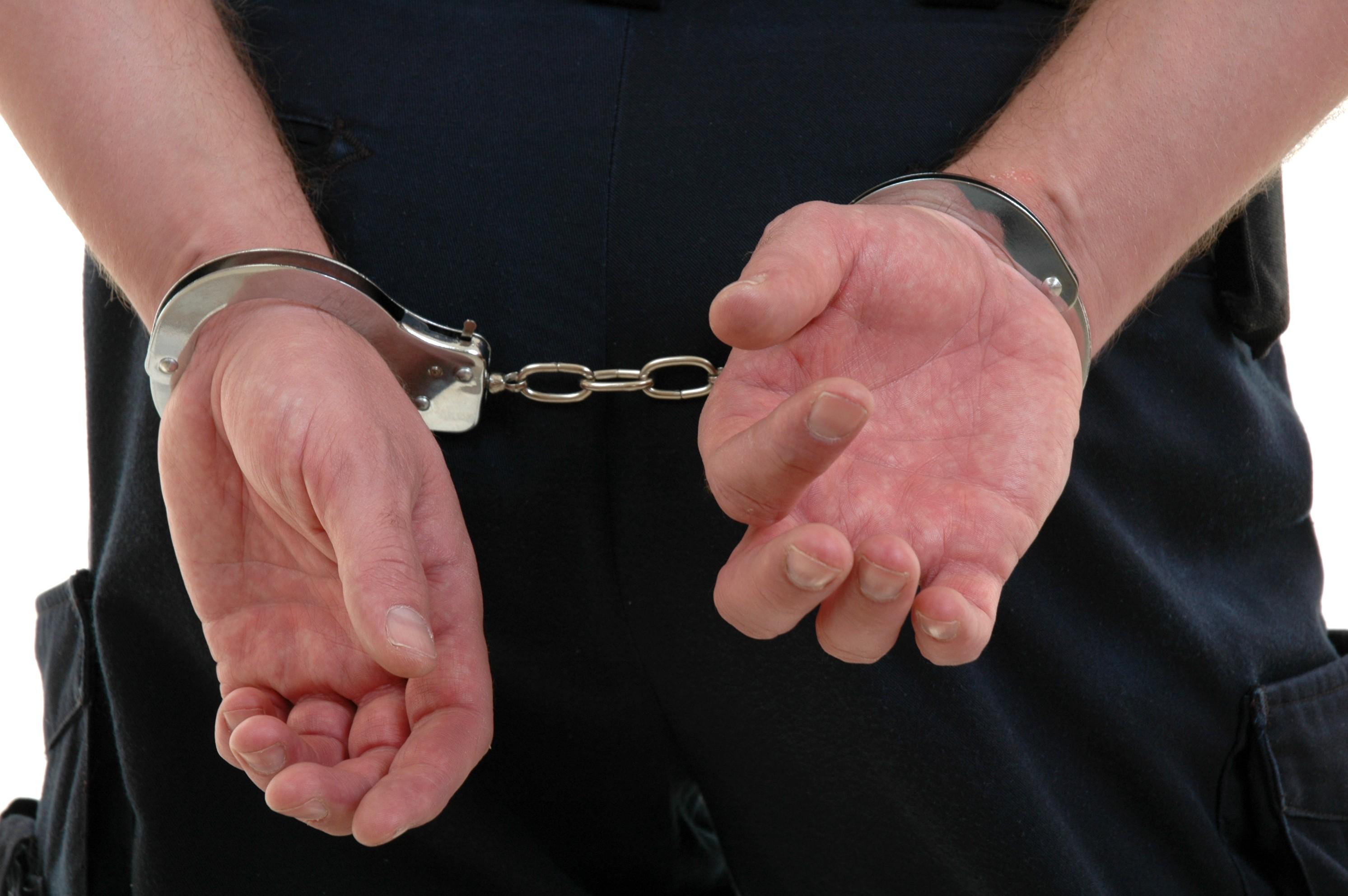 Zeci de romani au fost arestati la Roma de 1 mai