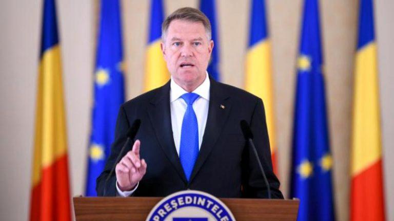 Iohannis îi indeamnă pe politicieni să lase cearta și să caute soluții pentru gestionarea crizei