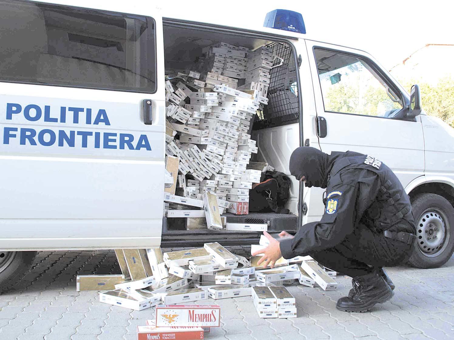 contrabandisti cu tigari