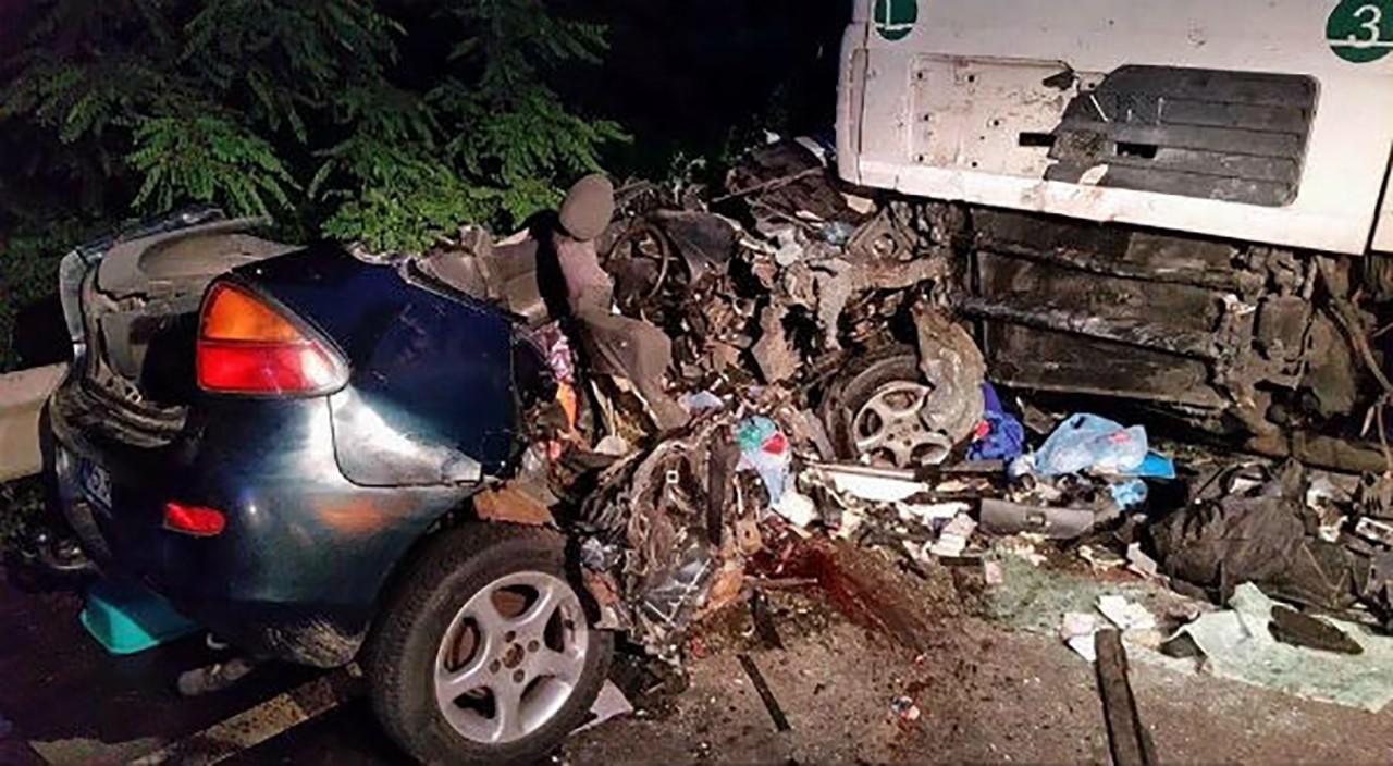 Accident-arad-conop-masina-tir