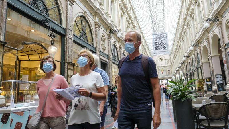 Cetățeni din Belgia trebuie să poarte măști de protecție și pe stradă