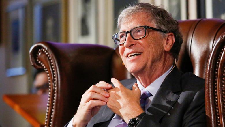 Bill Gates susține că testele de COVID sunt o cheltuială inutilă