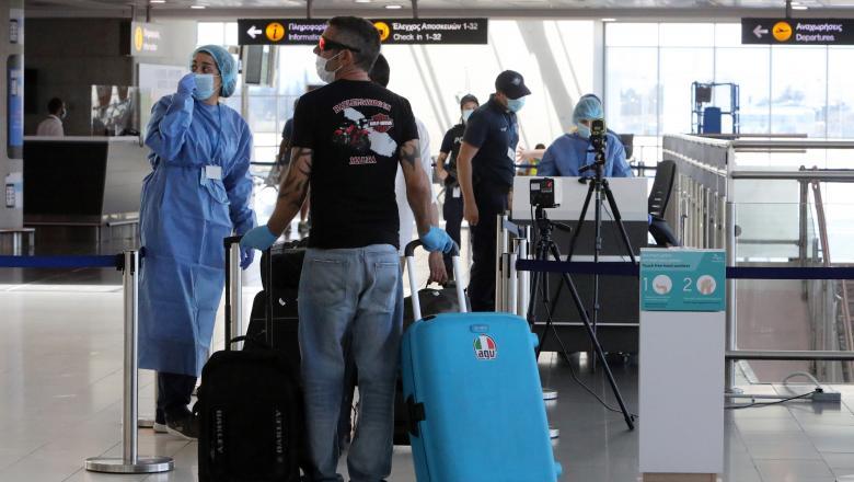 Autoritățile cipriote au decis interzicerea accesului turistilor românilor