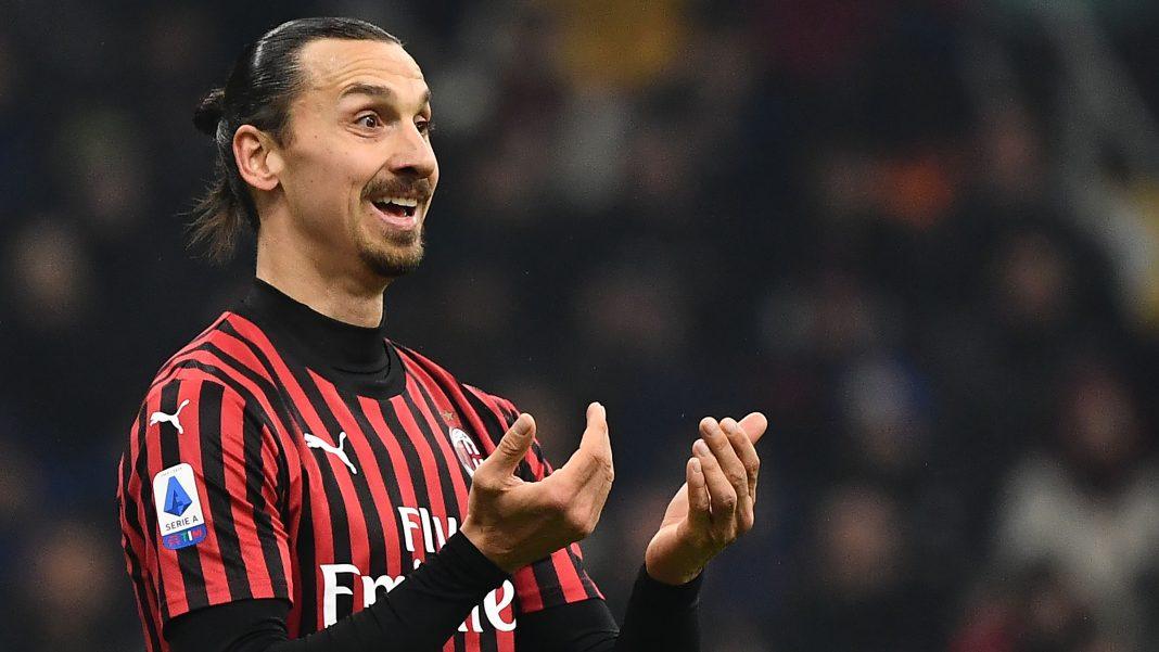 Atacantul suedez Zlatan Ibrahimovic își prelungeste contractul cu AC Milan