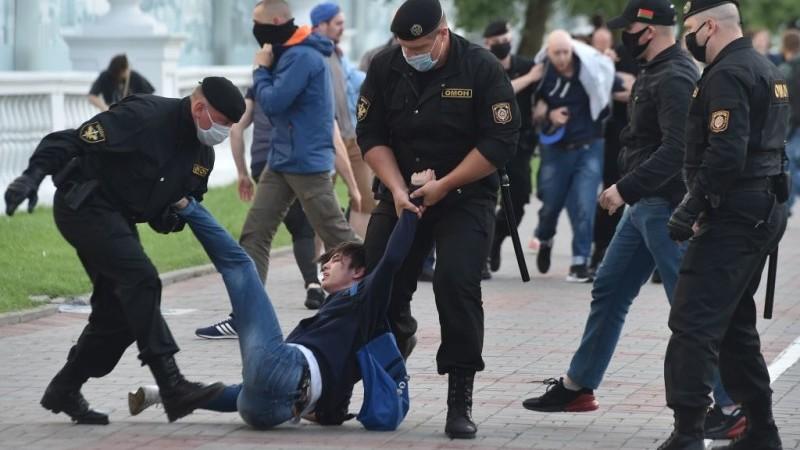 Oamenii din Belarus eliberați din închisori