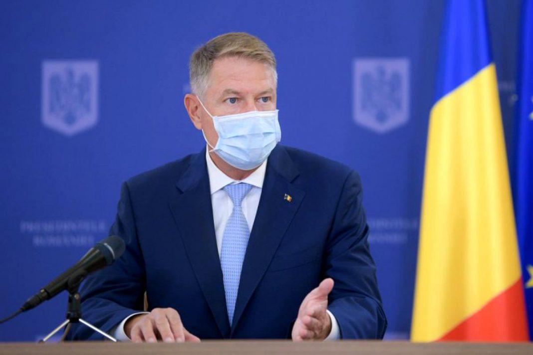 Președintele Klaus Iohannis a transmis un mesaj pentru parlamentari înaintea moțiunii de cenzură: Nu deveniți complici la un astfel de act iresponsabil