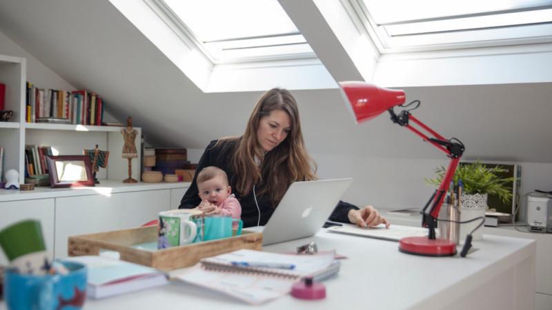 Coronavirusul a făcut ca unii angajați să nu mai lucreze niciodată la birou