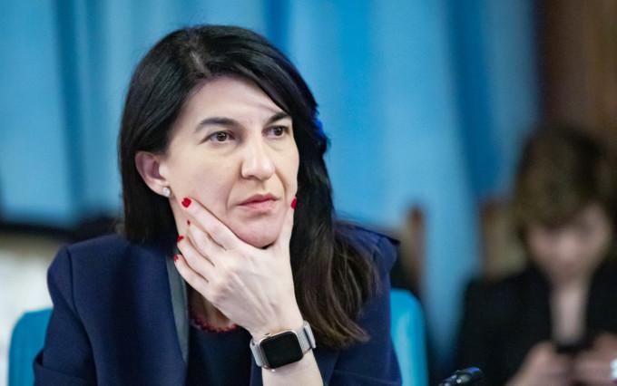 Ministrul Muncii Violeta Alexandru, anunţă