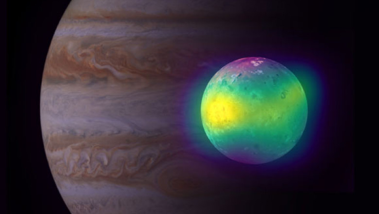 Imagine senzațională cu satelitul lui Jupiter Io, acoperit cu 400 de vulcani activi