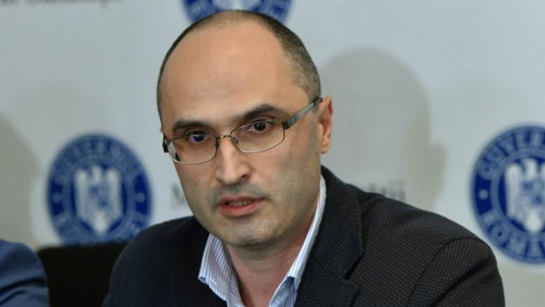 Managerul Spitalului Victor Babeș din Timișoara le recomandă celor ce nu poartă masca să încerce să se trateze cu terapii alternative