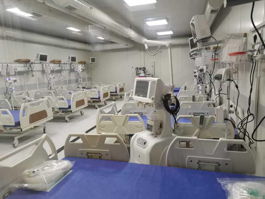 Inaugurată vineri, secția ATI a Spitalului mobil Lețcani