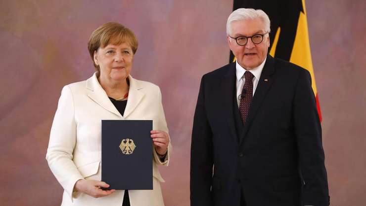Cancelarul Angela Merkel şi preşedintele Germaniei, la 30 de ani de la reunificarea ţării