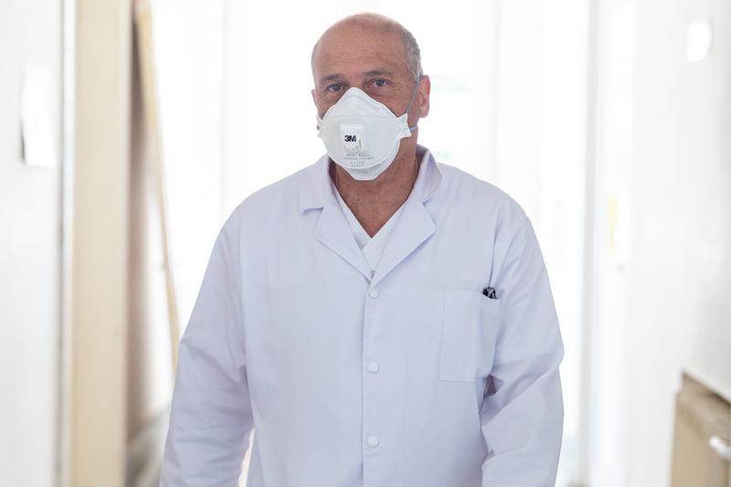 Medicul Virgil Musta: Soluția ar fi să se blocheze totul 2-3 săptămâni ca să scăpăm de COVID