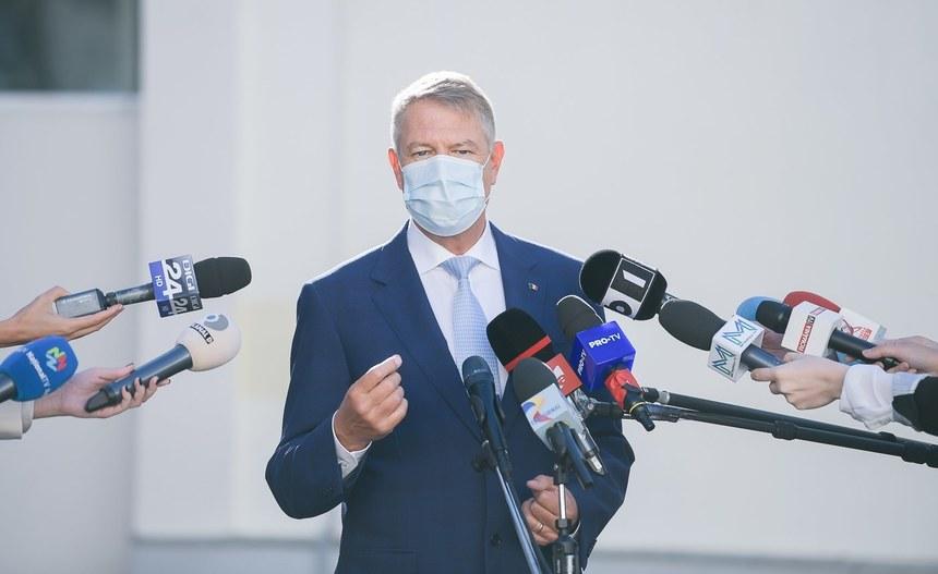 Iohannis susține că, în scurt timp, se vor găsi soluții pentru ca pacienții COVID să nu mai fie ținuți în cort, în frig