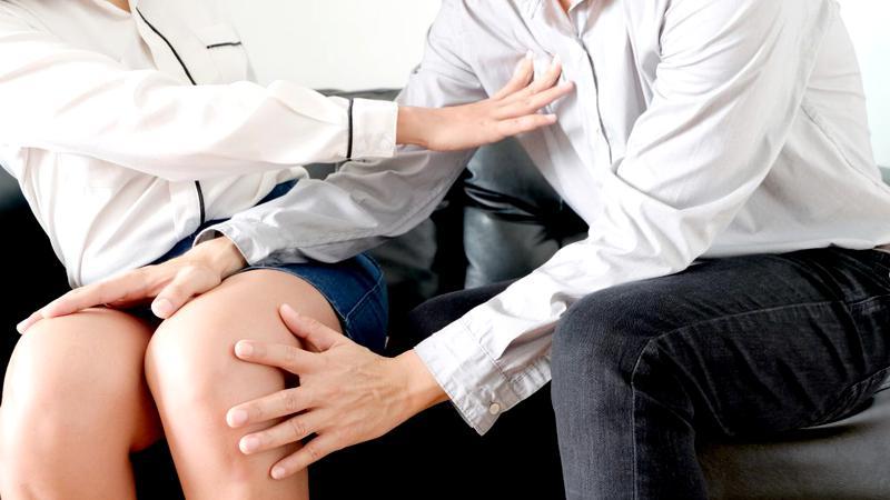 Un medic stomatolog este acuzat că ar fi abuzat sexual mai multe paciente