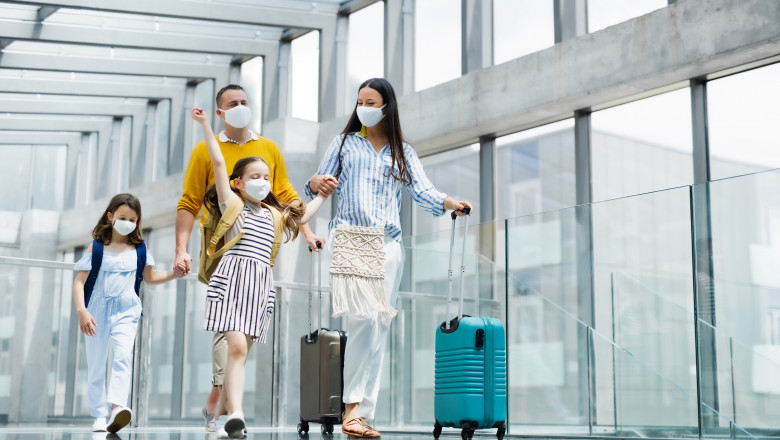 Turiștii vaccinați au liber la vacanțe