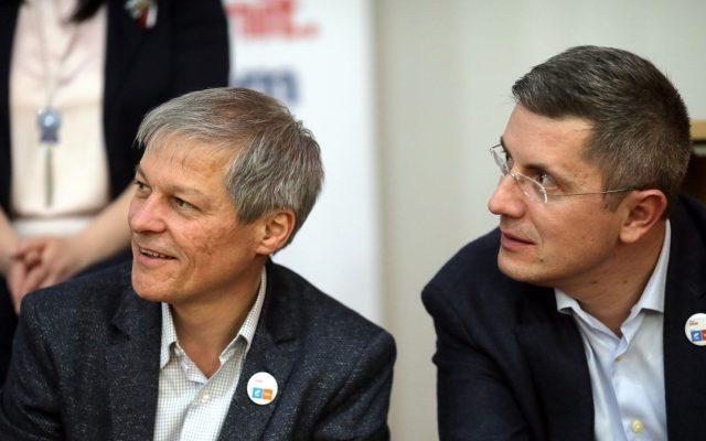 USR PLUS vrea să rămână la guvernare după revocarea lui Voiculescu însă fără Cîțu premierdar
