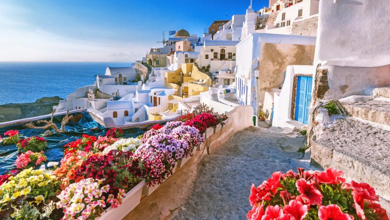 Grecia se pregătește să primească turiștii