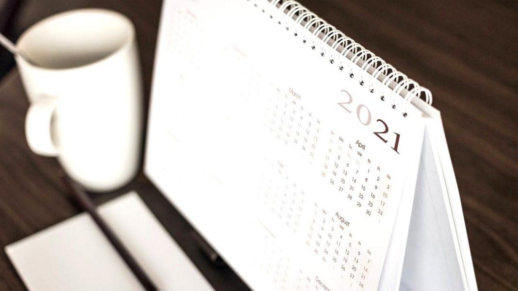 Anul 2021 are 15 zile libere legale pentru angajații români