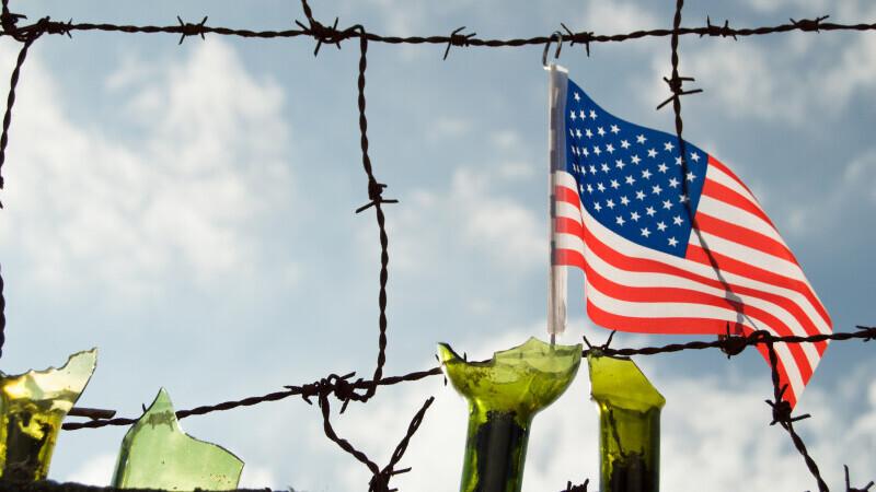 Restricțiile la frontierele ale SUA Mexic și Canada, prelungite cu 30 de zile a fost anunţată după ce Canada a făcut publică extinderea restricţiilor