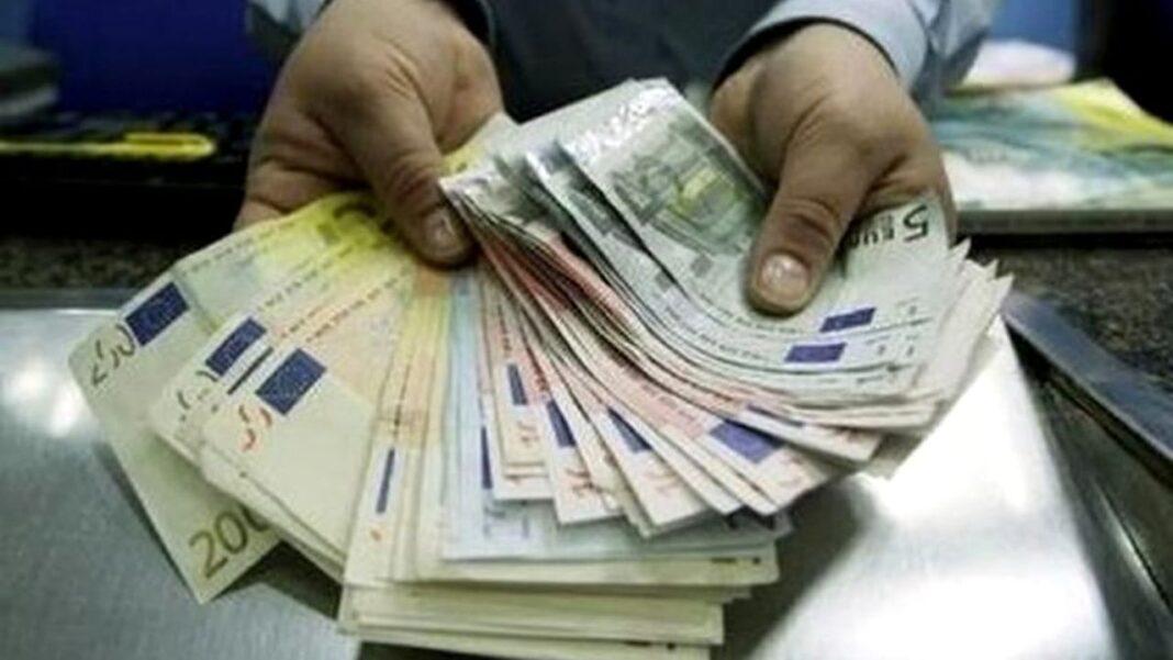 Bonus de peste 4.000 de euro pentru românii din Italia. Care sunt condiţiile